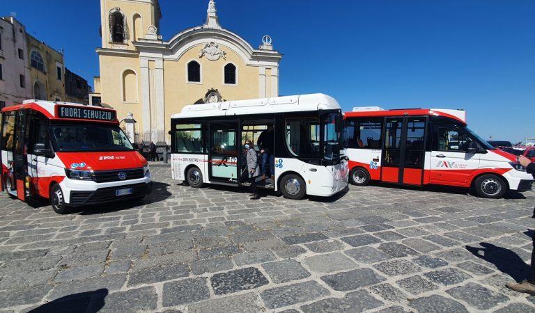 Nuovi veicoli EAV Procida 2022